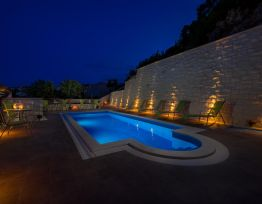 Appartamento 7 with a swimming pool