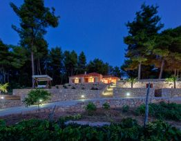 Vacation House Villa Tomic - Hvar Island