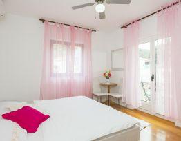 Room Perina
