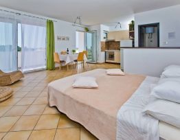 Studio Apartment Relax, Lounge & Sea View