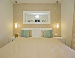Apartment Comfort s terasom i pogledom na grad  2