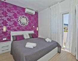 Room Dvokrevetna s bračnim krevetom S1
