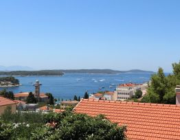 Kuća za odmor Holiday home in the town of Hvar