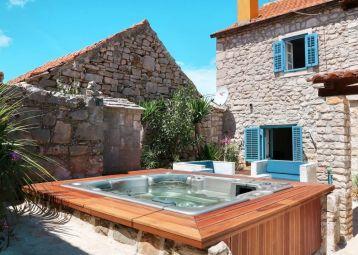 Stone house Antonela