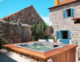 Vacation House Stone house Antonela