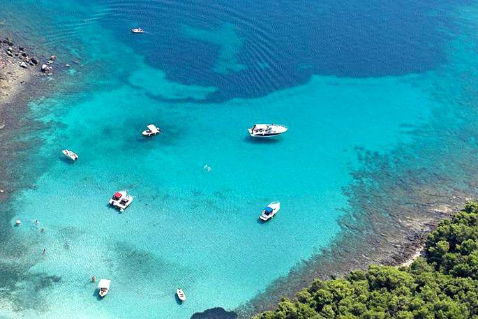 Bay Perna Sucuraj Island Hvar