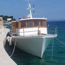 Delfina Excursions Hvar