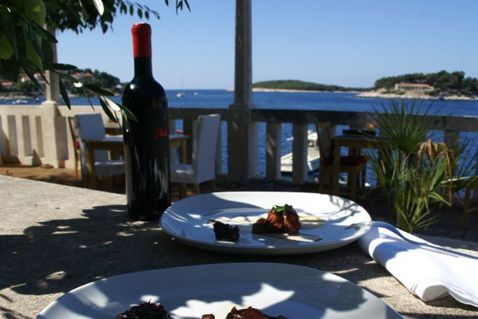 restaurant svirce hvar