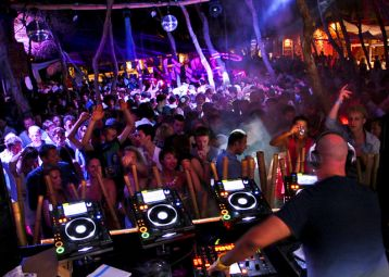 Full Moon party - Carpe Diem beach