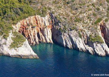 Crvene stijene (Red rocks) masterpiece of nature