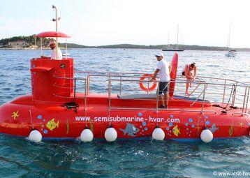 Gariful Submarine tours, Hvar