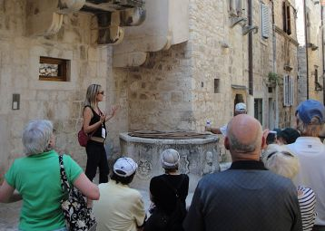 Hvar guided city walk